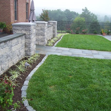 Traditional Landscape by Vidic Landscape Design & Construction, LLC