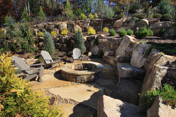 Traditional Landscape by Alex Custom Homes, LLC