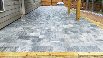 Outdoor paver patio, steps and wall