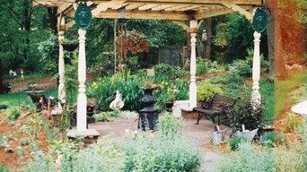 Outdoor Retreat with Custom Pergola
