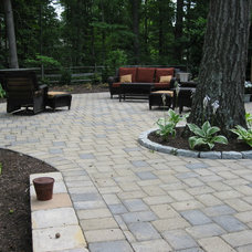 Traditional Landscape Outdoor Rooms