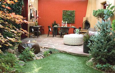 Color Makes a Garden Dining Room Sing in Santa Fe
