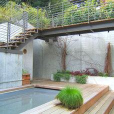 Modern Landscape by Outer space Landscape Architecture