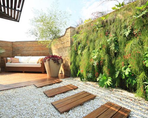 outdoor gestaltung mit pflanzwand im kolonialstil ideen. Black Bedroom Furniture Sets. Home Design Ideas