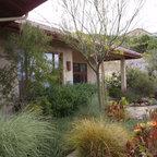 Lush Courtyard Fountain Mediterranean Landscape