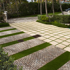 contemporary landscape by Blakely and Assoc. Landscape Architects, Inc.
