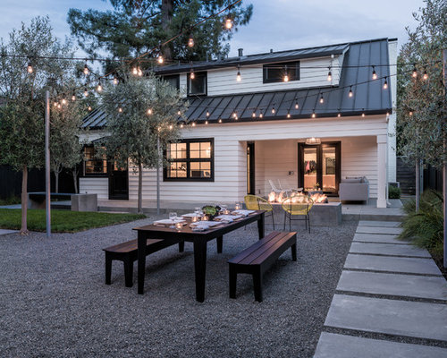 Inspiration For A Modern Backyard Gravel Landscaping In San Francisco.