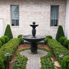 Traditional Landscape by Wolfe Rizor Interiors