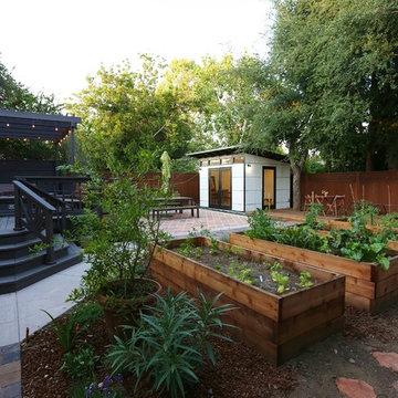 Parkwood Backyard