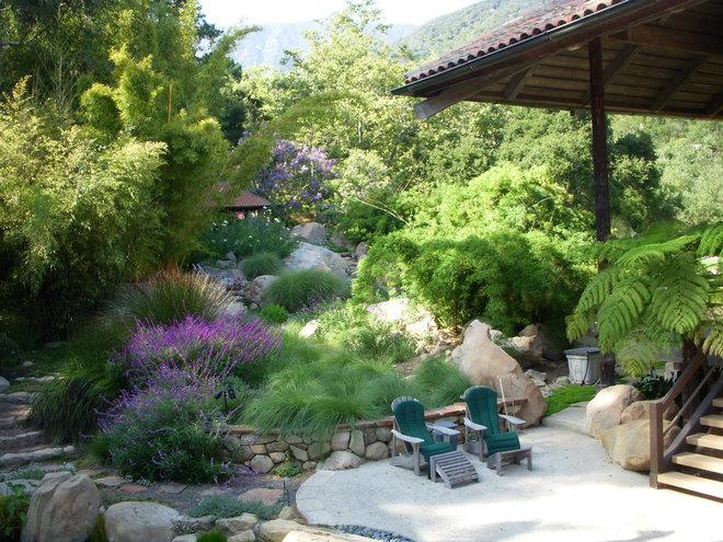 Eclectic Landscape by Pat Brodie Landscape Design
