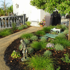 Traditional Landscape by Dave Acevedo Concrete Contractor
