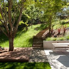 Contemporary Landscape by Ohashi Design Studio