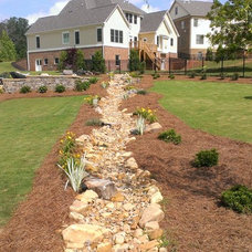 Traditional Landscape by Greenshooz Landscaping