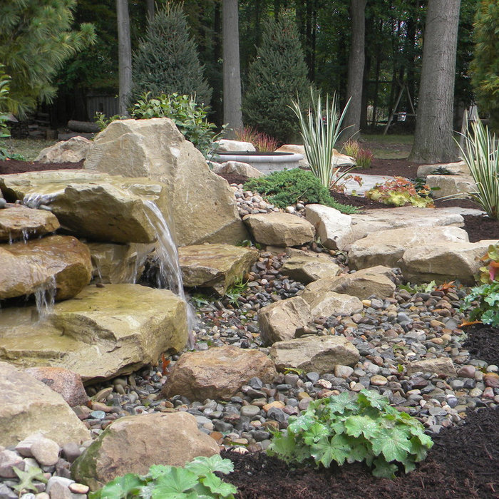 Patio Landscape with Water Feature