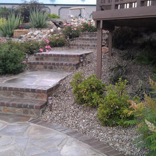 Eclectic Landscape by Winland's Complete Landscaping Service