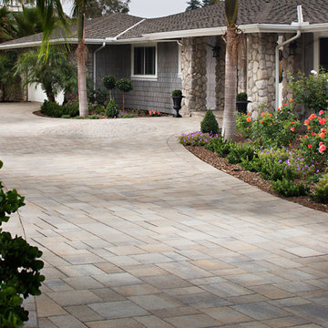 Paul Dunning NEW Paver Driveway and Entryway
