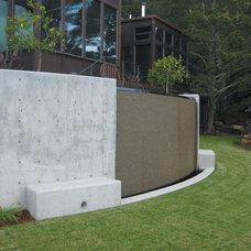 Modern Landscape by Pedersen Associates