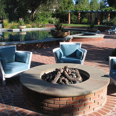 Traditional Landscape by Suzman Design Associates