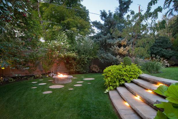 Contemporary Garden by Marvin Jensen @ Windermere Real Estate