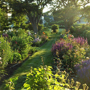 Inspiration for a contemporary partial sun landscaping in Portland Maine for summer.