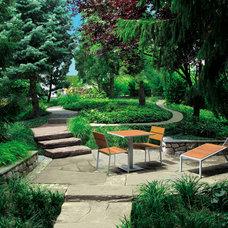 Contemporary Landscape by Seventy Acres Landscape Architecture & Design