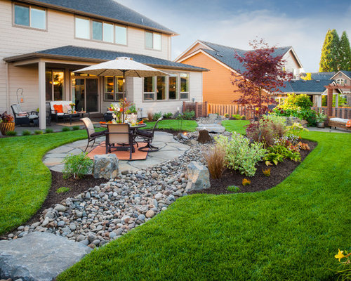 River rock landscape home design ideas pictures remodel for Home garden design houzz