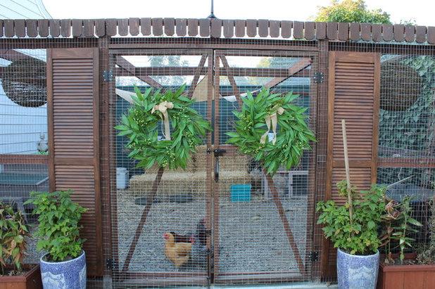 9 astuces pour faire de votre jardin le paradis des poules. Black Bedroom Furniture Sets. Home Design Ideas