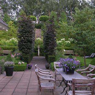 Bild på en vintage trädgård insynsskydd