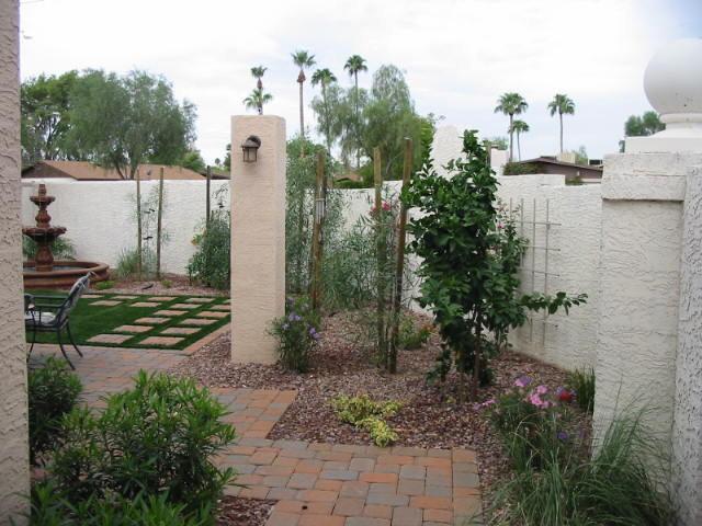 Contemporary Landscape by JSL Exteriors Landscape Design/Build