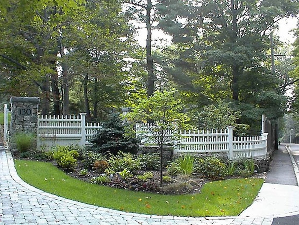Traditional Landscape by Timothy Sheehan, ASLA