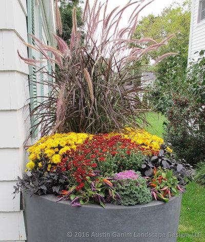 Классический Сад by Austin Ganim Landscape Design, LLC