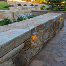 Traditional Landscape by Platinum Landscape LLC