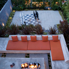 Modern Landscape by Shades Of Green Landscape Architecture
