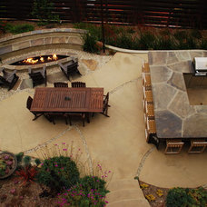 Modern Landscape by Stout Design-Build
