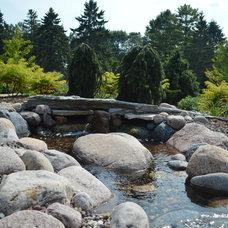 Traditional Landscape by MKEGreenworks