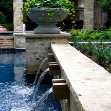 Traditional Landscape by Kerry Burt & Associates