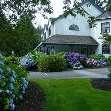 Traditional Landscape Porches, flower boxes, flower beds, gardens, etc...