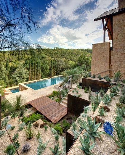 Southwestern Landscape by D-CRAIN Design and Construction