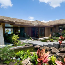 Tropical Landscape by Philip White Architects, LLC