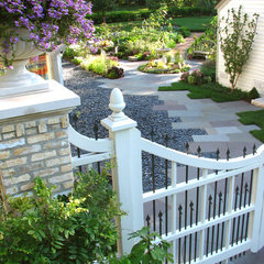 traditional landscape by The Brickman Group, Ltd.