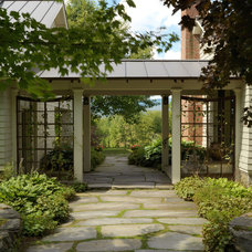 Traditional Landscape by Cushman Design Group