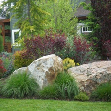 Traditional Landscape by The Garden Artist LLC