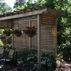 Traditional Landscape by Shady Grove Landscape Company