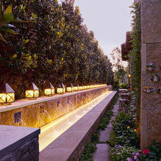 Mediterranean Landscape by Pool Environments, Inc.