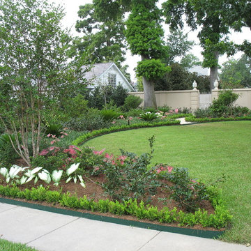 Private gardens in New Orleans