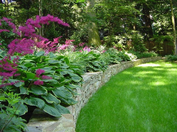 American Traditional Garden by C.M. Jones Incorporated