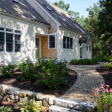 Traditional Landscape by Ream  Design, LLC