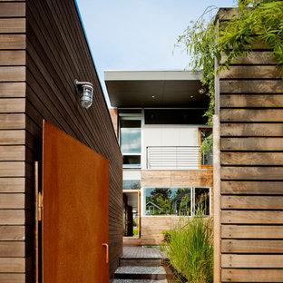 Design ideas for a modern garden path in Seattle.