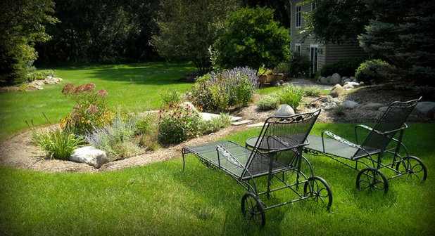 Rain Garden Design garden design with great custom rain garden rain barrels great custom rain garden with moss How To Design A Rain Garden That Loves Stormy Weather