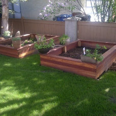 Traditional Landscape by Kayu Canada Inc.